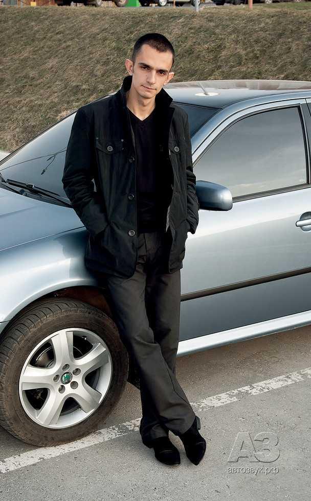 Авточехлы для Skoda Octavia с 1996-2010г. хэтчбек, универсал TOUR Задние спинка и сиденье 40 на 60, 4-подголовника (Шкода Октавиа). — купить в интернет-магазине OZON с быстрой доставкой