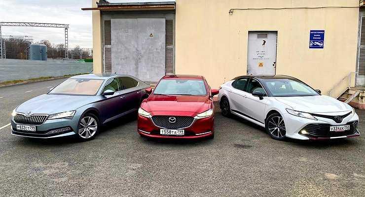 Идолопоклонство: сравнительный тест Skoda Superb, Mazda6 и Toyota Camry - Автомобили - АвтоВзгляд